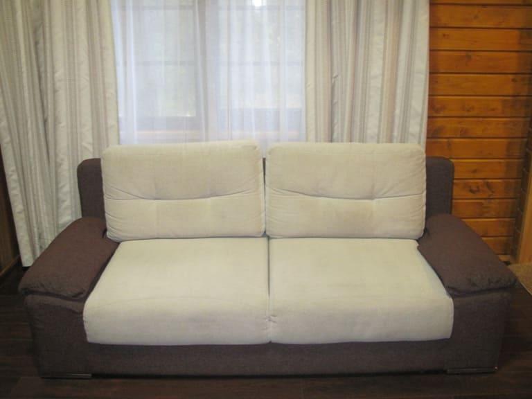 Чистка небольшого дивана  до