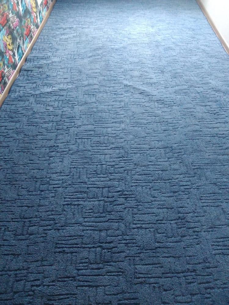 Чистка ковролина в детской комнате после