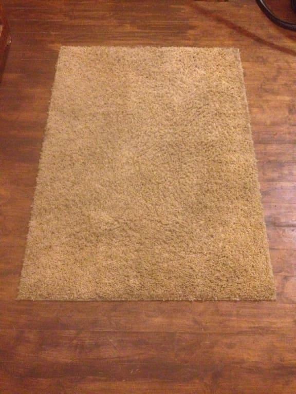 Чистка коврика для спальни до