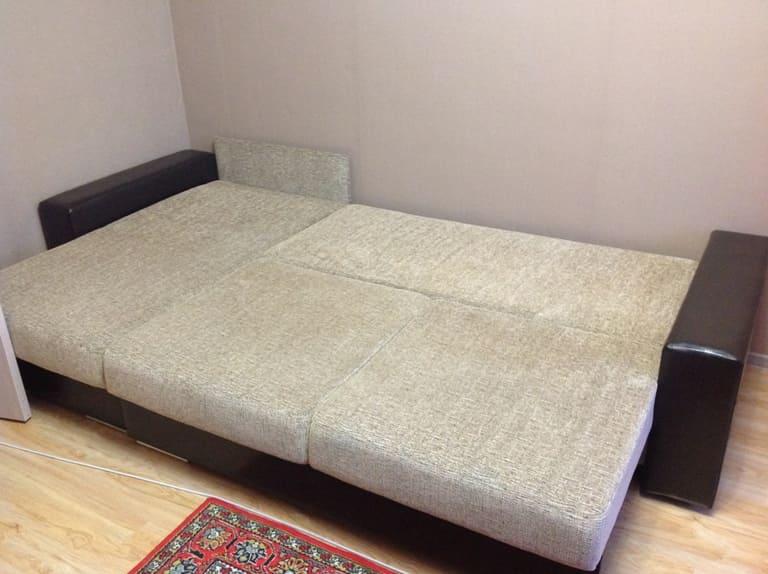 Химчистка раскладного дивана до