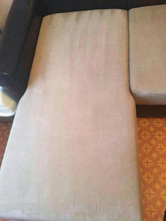 Чистка дивана (на фото лежачее место) после